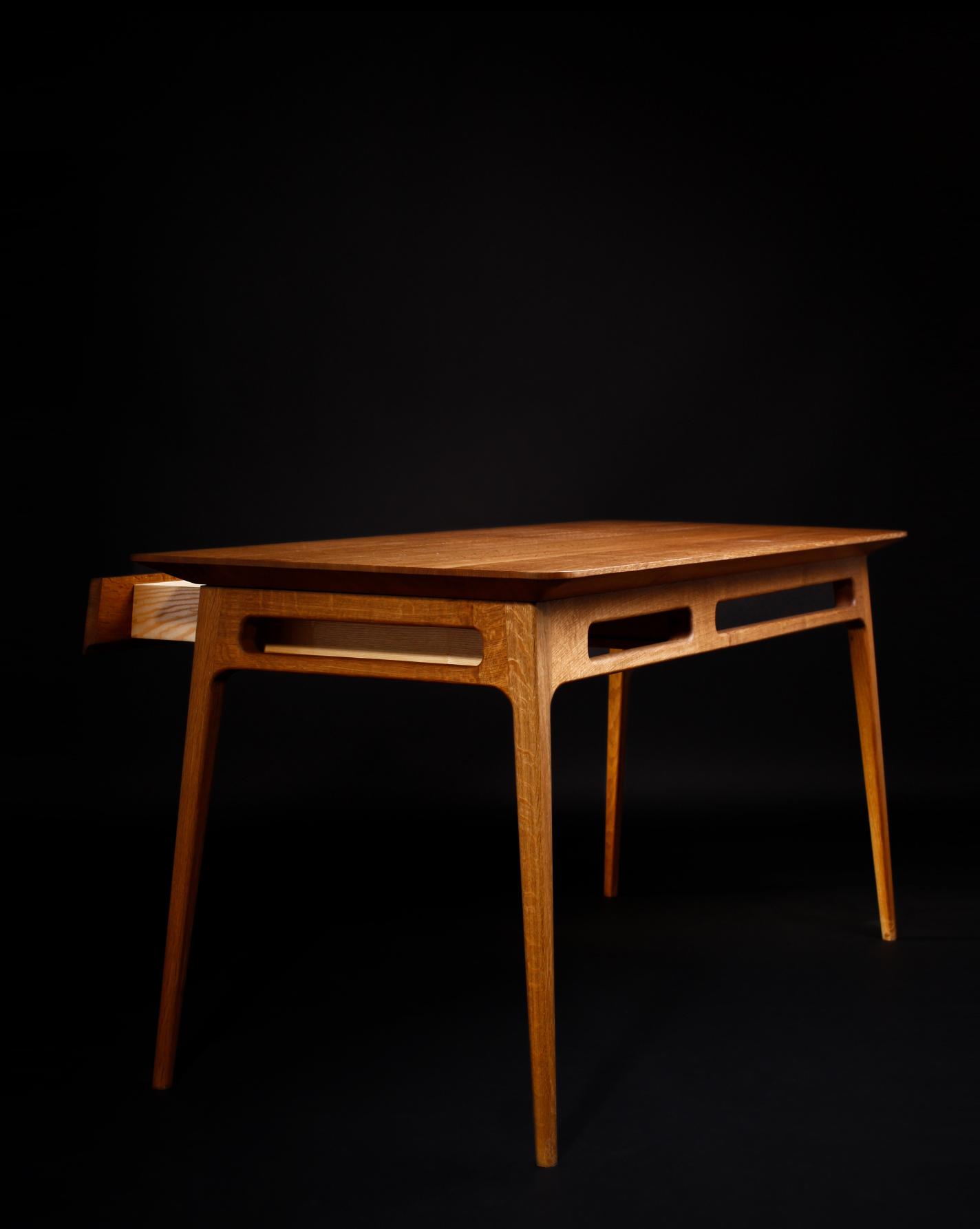 Fumed oak desk by Alice Blogg